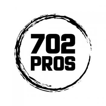 702 Pros Logo